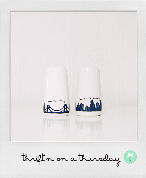 new_york_brooklyn_salt_and_pepper_shaker_skyscraper.jpg