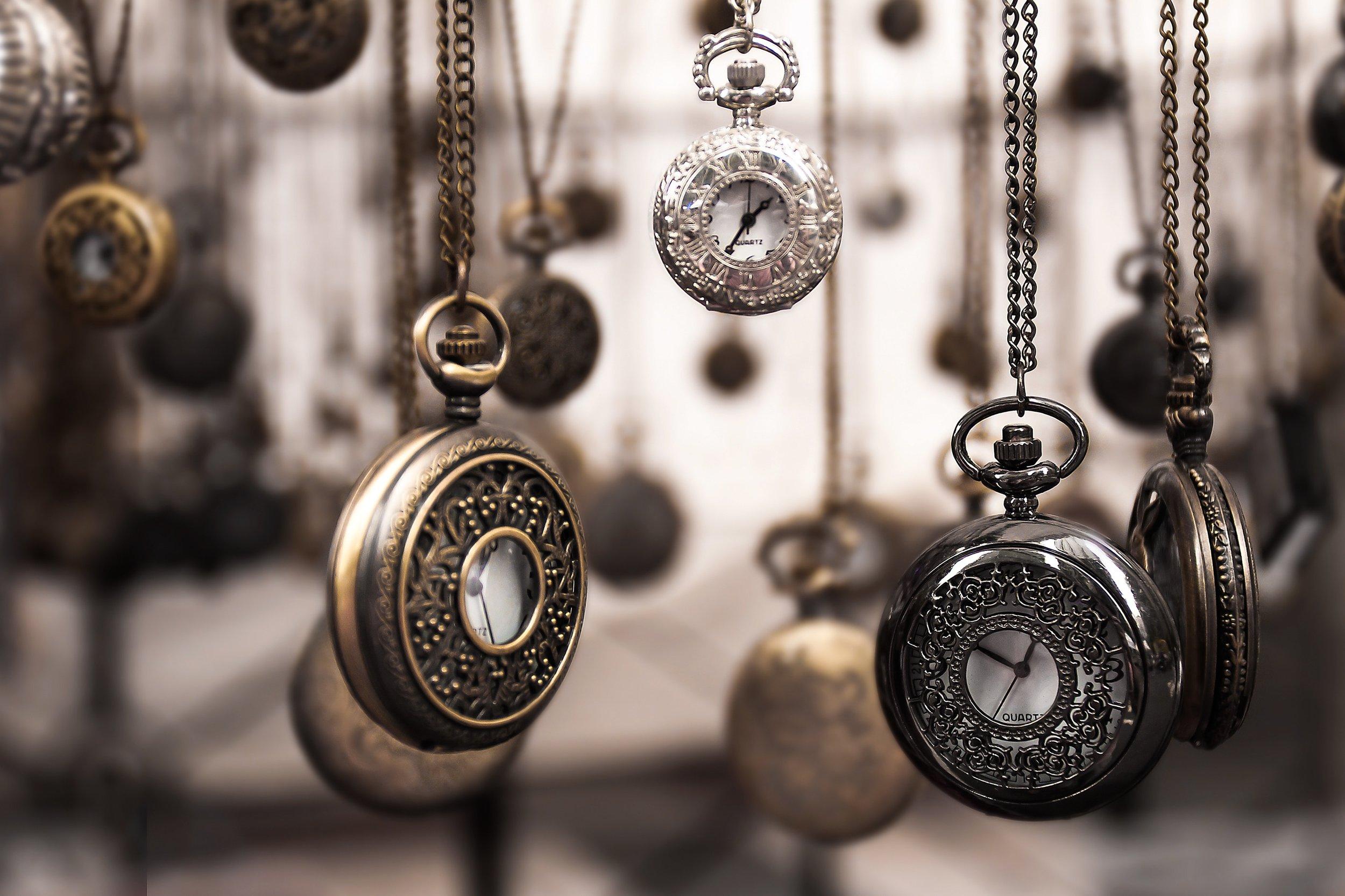 accessory-antique-assorted-859895.jpg