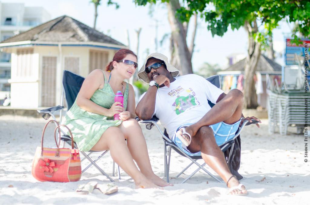 Relaxing on the beach.....#islandlife