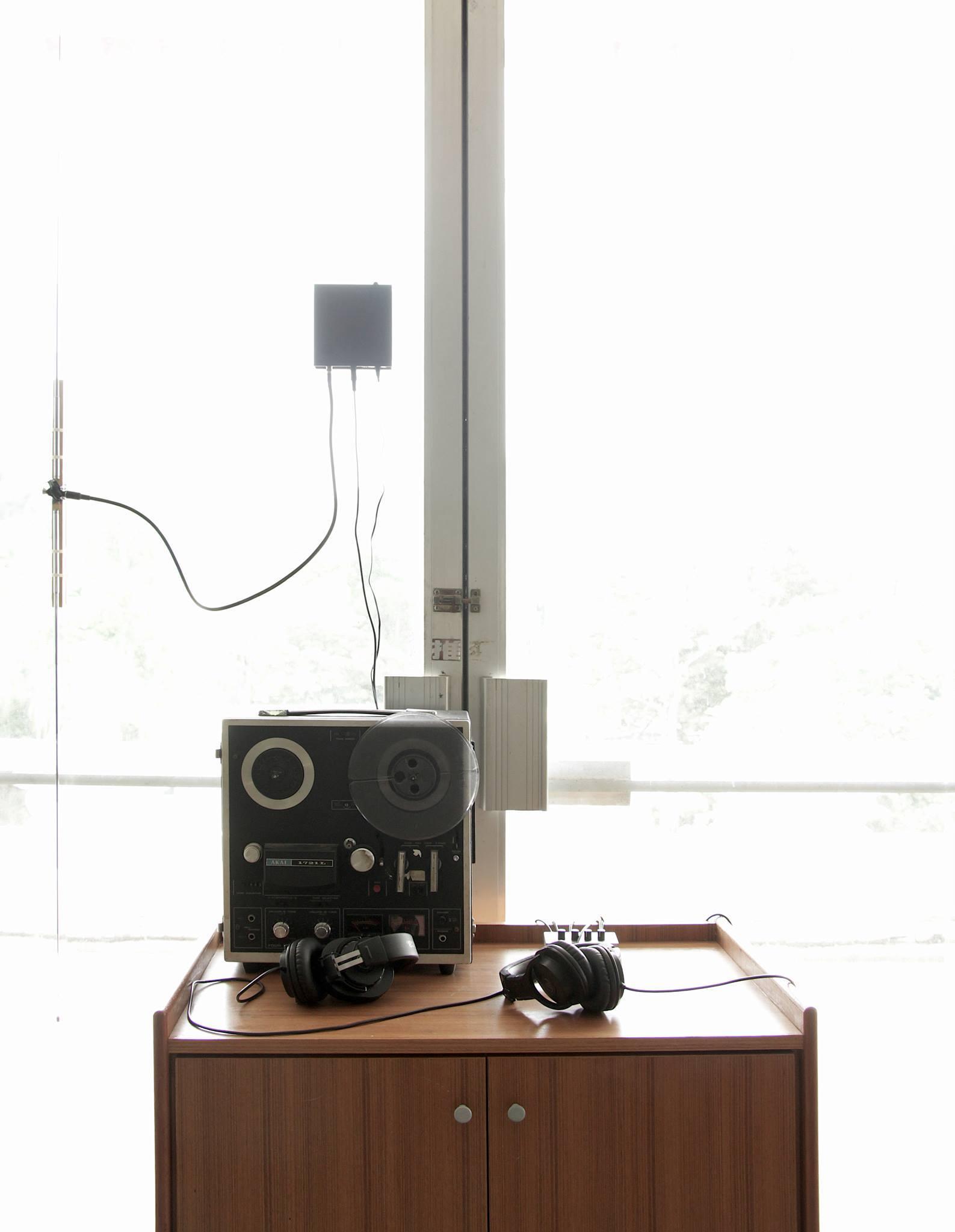 06 reel to reel and radio transmitter.jpg