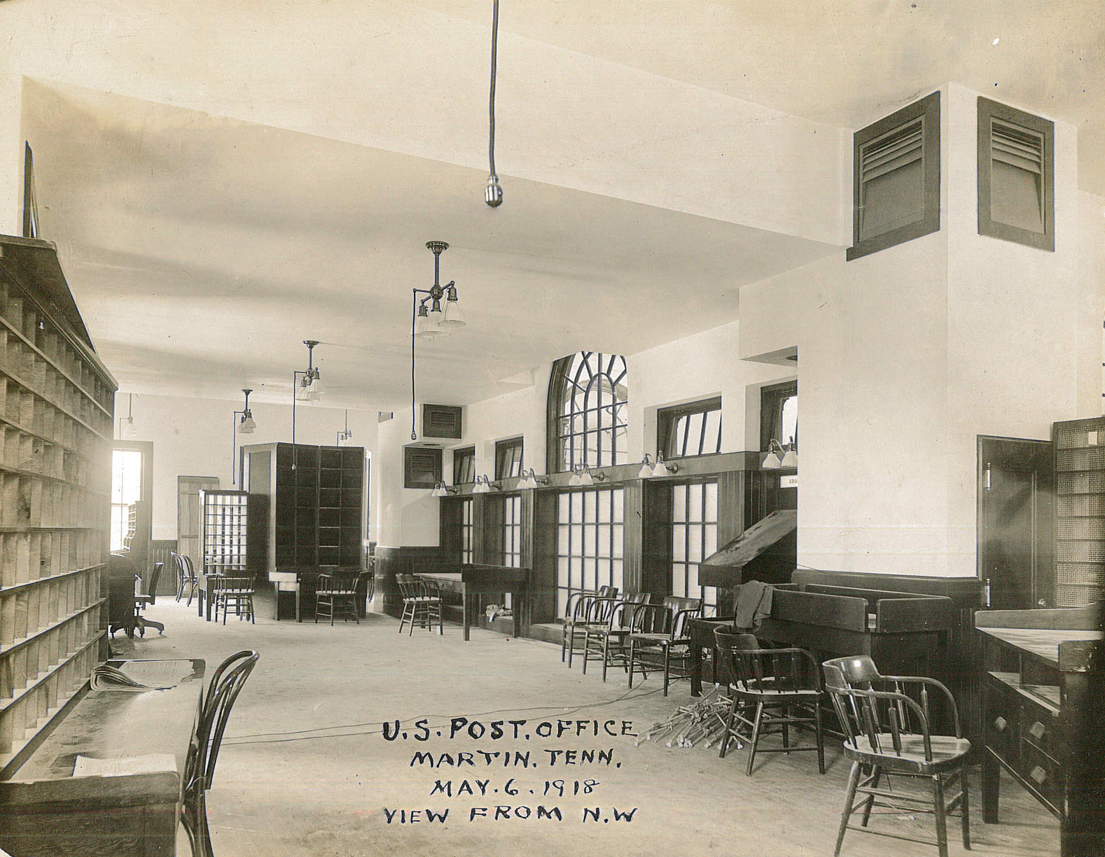 Library History 02.jpg