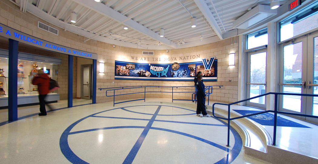 2_Entrance.jpg