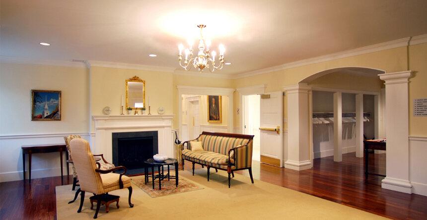 3_Interior.jpg