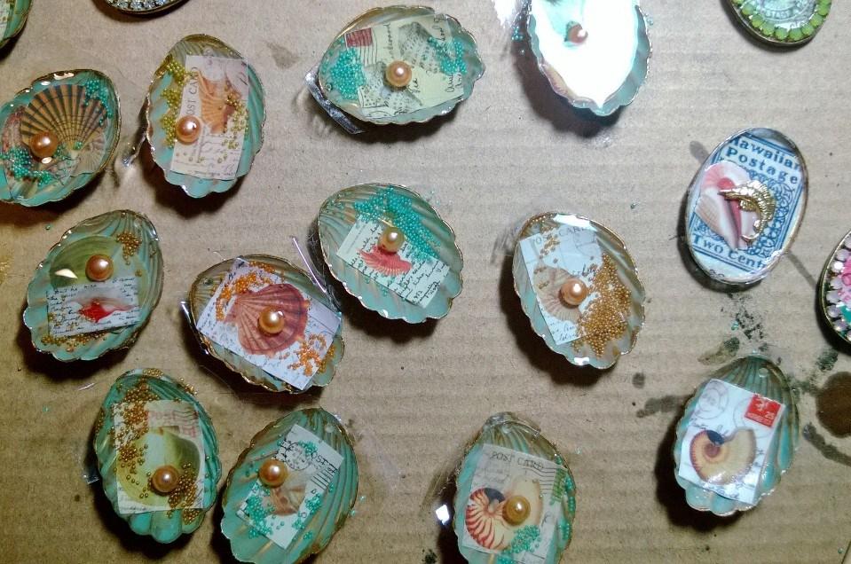 seashell pendants.jpg
