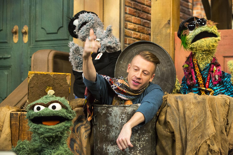 Macklemoreperforms on Sesame Street