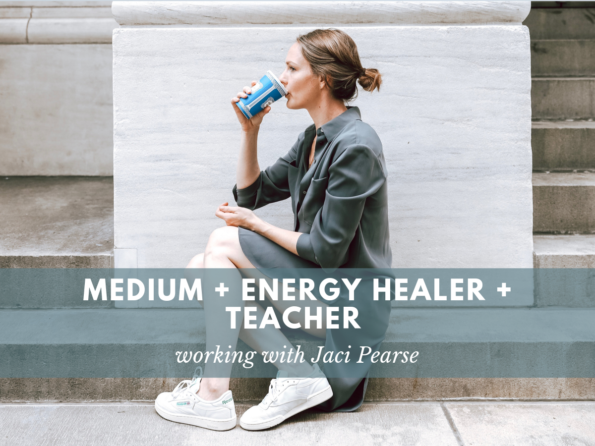 Medium Reiki Energy Healer