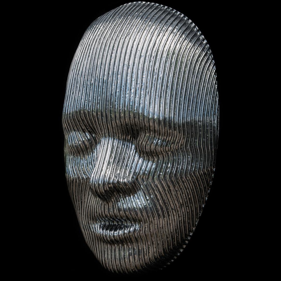 DD_Good_Vibrations_II_2017_aluminium_29x18x9_$12500_03.jpg