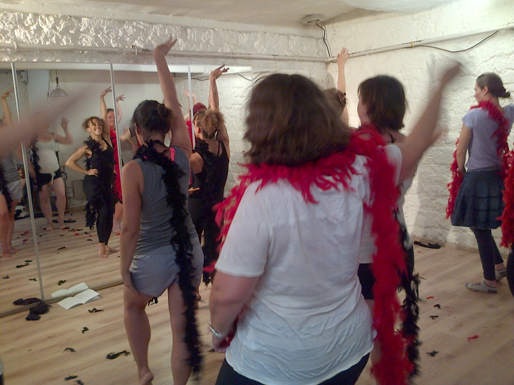 Burlesque Fitness - fun with feathers.