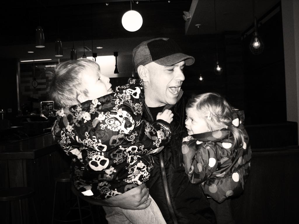 Chef Dad: Michael Symon w/ the Minis