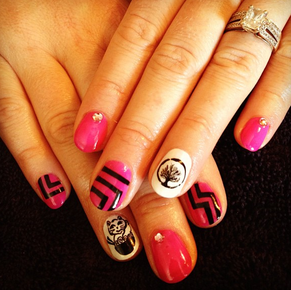 My GHT and Noodlecat nails...