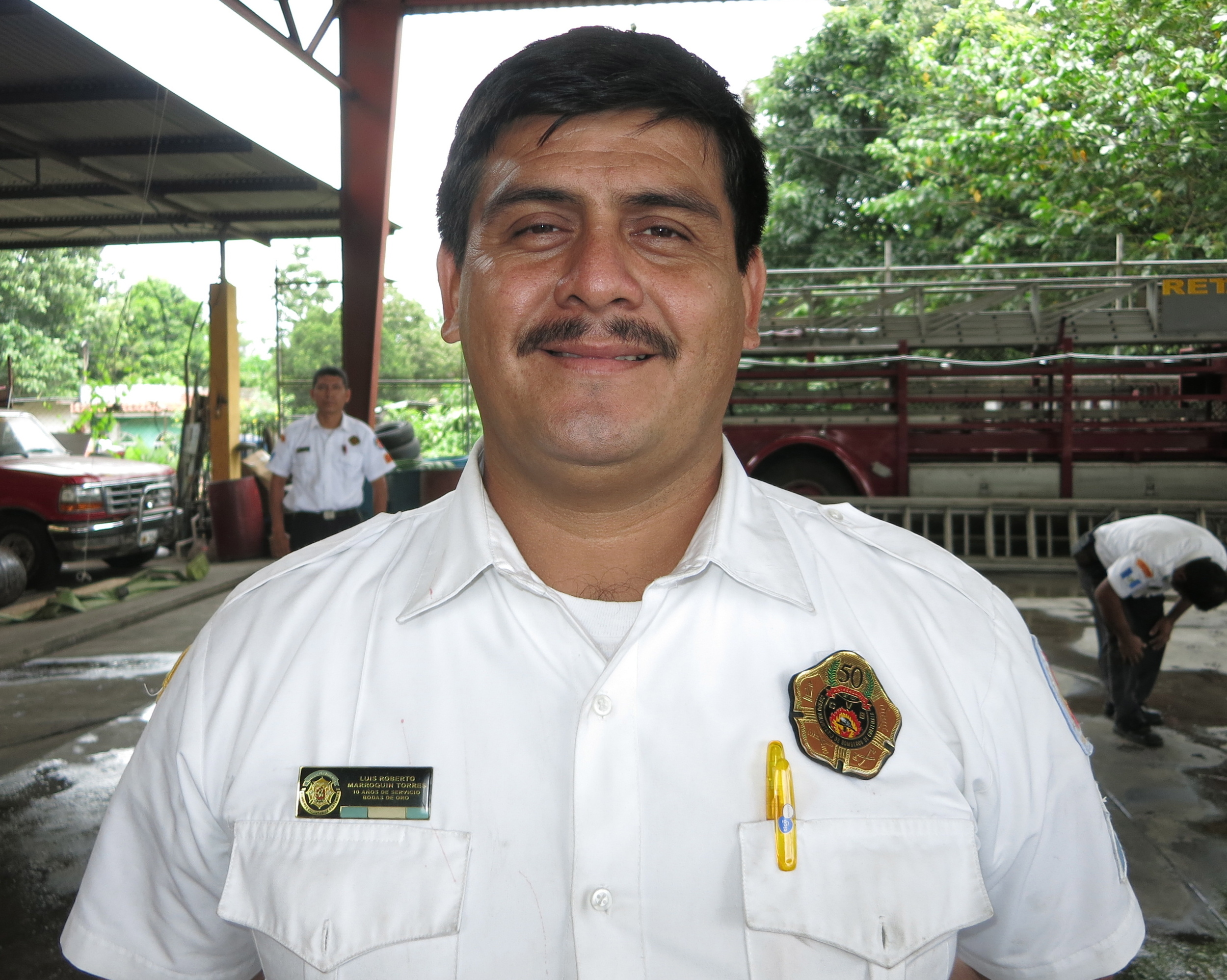 "Luís Roberto ""Popeye"" Marroquín Torres, 35 years old, 15 years in the fire service, 2 years as the Jefe de la Estación"