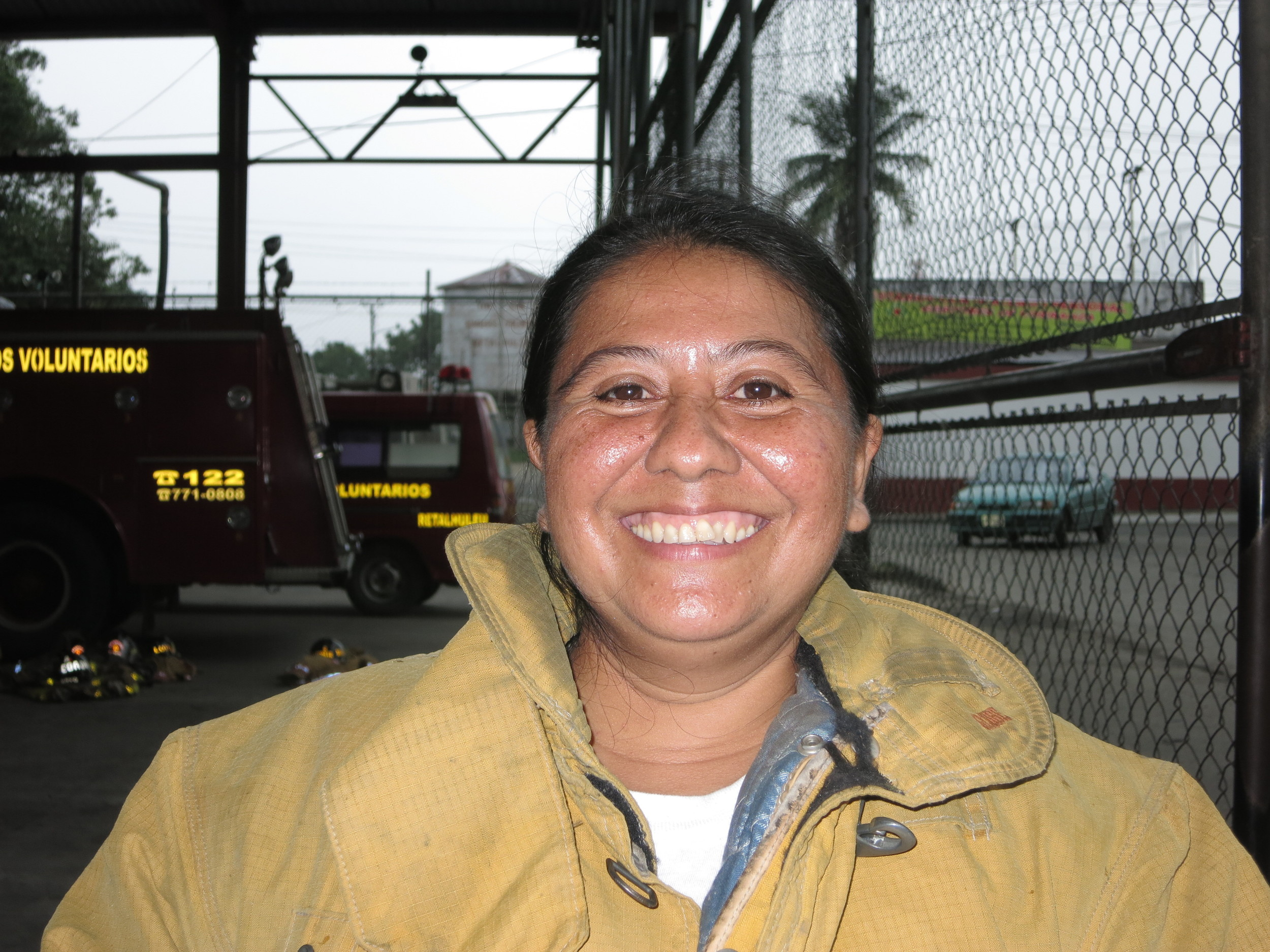 Damaris Aleyda Castillo Flores, 39 years old, 5 years a volunteer, she also works in a hospital