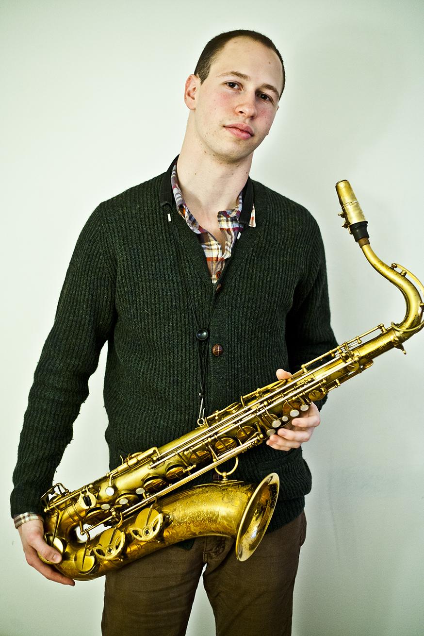 saxophone5 � Vincenzo Johnson 2012 web copy.jpg