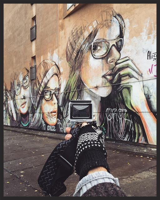 I'm exploring Berlin street art and I'm happy to see so much Italian paint around. Roman vibes are always more than welcome during my walks. This is Alice Pasquini.