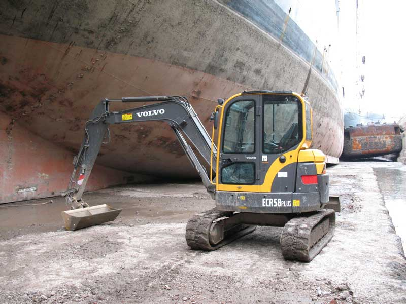 Plant and Machinery purchasing, truck, tippers, JCB, Yamaha, civ