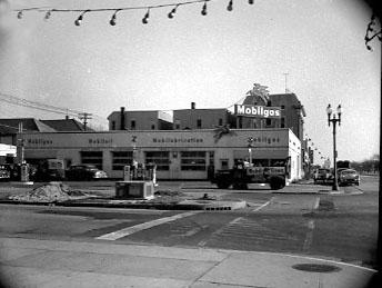 Park Ave Looking East Mobile Station Jan 7, 1951 Bob Foster.jpg