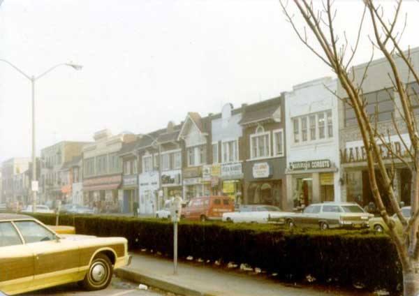 Park Avenue  Looking East 1980's.jpg