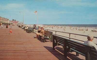 Boardwalk Looking East 1980 s.jpg