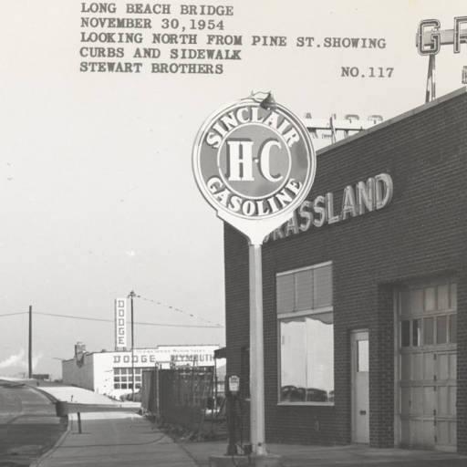 Long Beach  Bridge Sinclair Gas Novenber 30, 1954.jpg