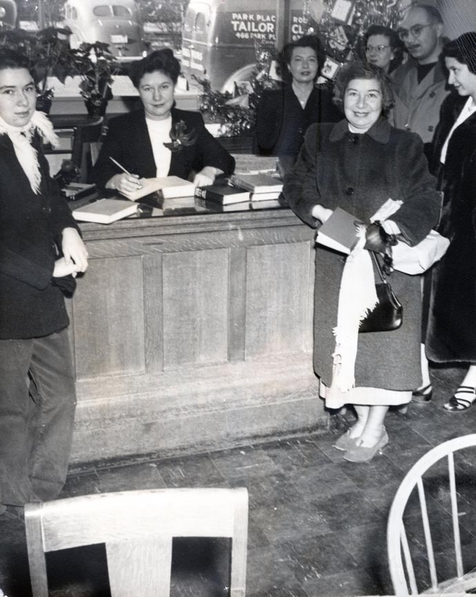 LONG BEACH PUBLIC LIBRARY 1945-1956 462 PARK PLACE 1.jpg