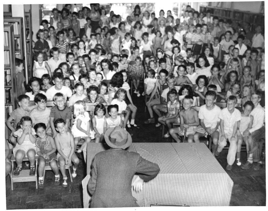 LONG BEACH PUBLIC LIBRARY 1945-1956 462 PARK PLACE 3.jpg