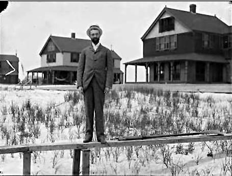 Hotel Long Beach 1890 Cottages Guest.jpg