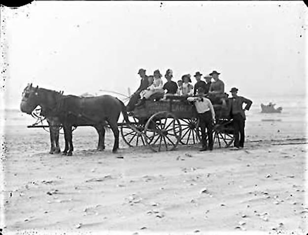 Hotel Long Beach 1890 Horse Cart.jpg