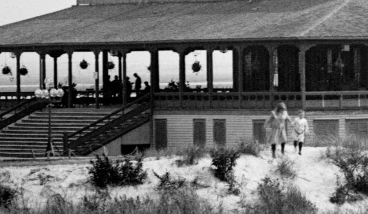 Hotel Long Beach 1904 Off Season Close Up.jpg