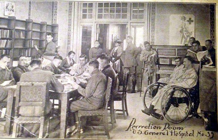 Hotel Nassau 1918 Sept.-April 1919 Military Hospital.jpg
