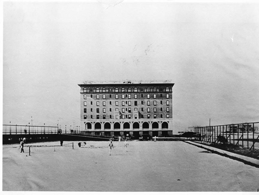 Hotel Nassau 1919 Tennis Courts 3.jpg