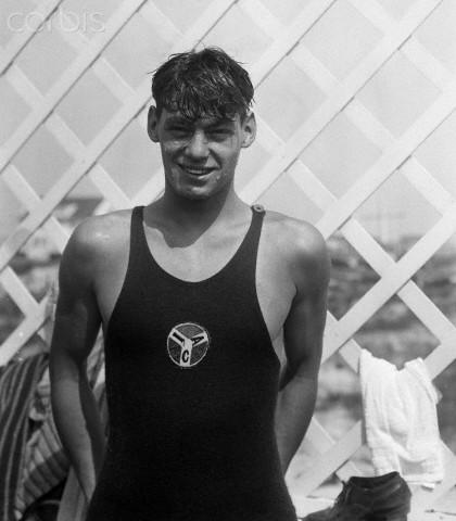 Hotel Nassau Swimmer Johnny Weissmuller.jpg