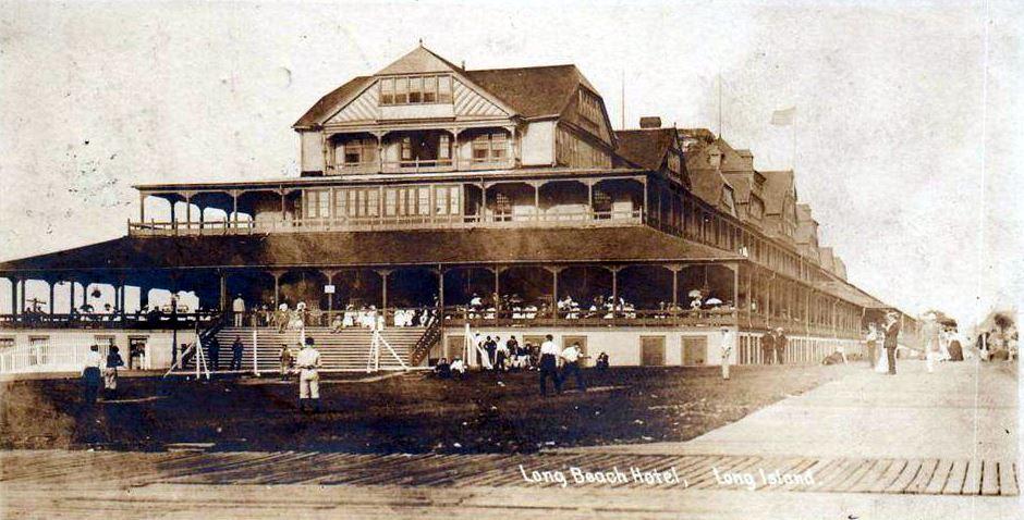 Hotel Long Beach 1906 Baseball Game.jpg