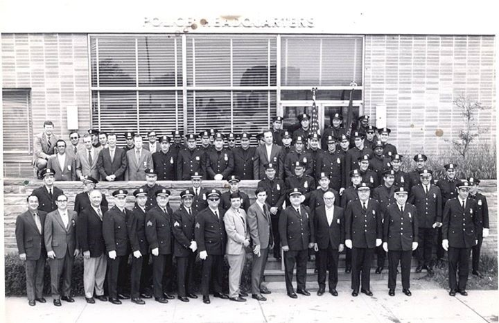 Long Beach Police Dept 1971.jpg