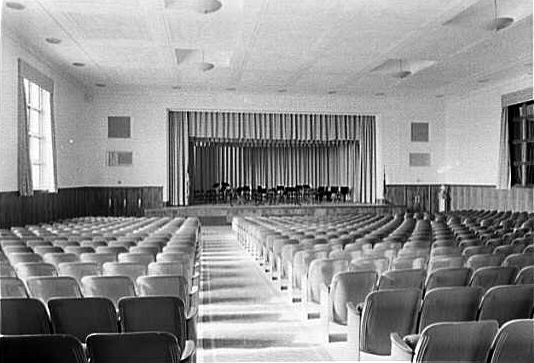 Long Beach Schools Lindell Auditorium.jpg