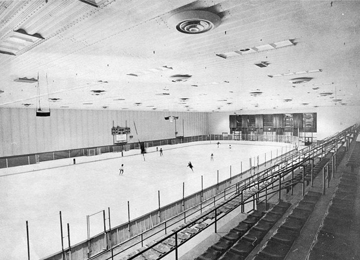 Long Beach Recreation Ice Rink 1979.jpg