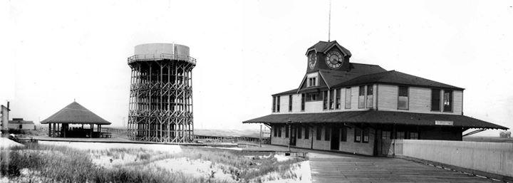 Long Beach Water Tower Jackson Blvd Penn St & LIRR Sta 1892.jpg