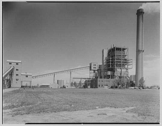 Oceanside  Lilco Plant in 1952.jpg