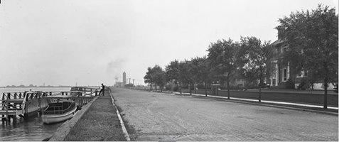 West Bay Drive Looking East   August 1919.jpg