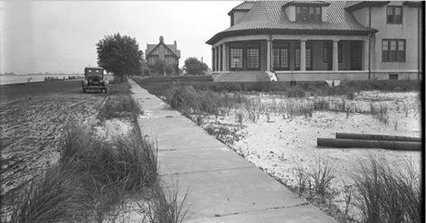 West Bay Drive Looking East 1919.jpg