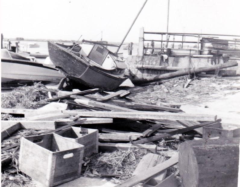 Hurricane Donna Eagle Pier NY Ave.jpg
