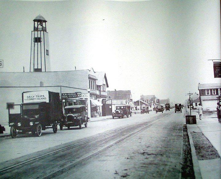 West End Wisconsin Looking East 1940.jpg