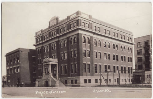 Calgary's old police headquarters at 323 - 7th Ave SE, taken in the 1920s. The building was demolished in 1962 to make way for an addition to old City Hall. (Photo:  Calgary Public Library Community Heritage and Family History Collection )
