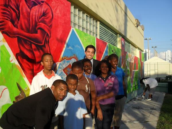 Matt-Haagman-with-youth-mural-1.jpg