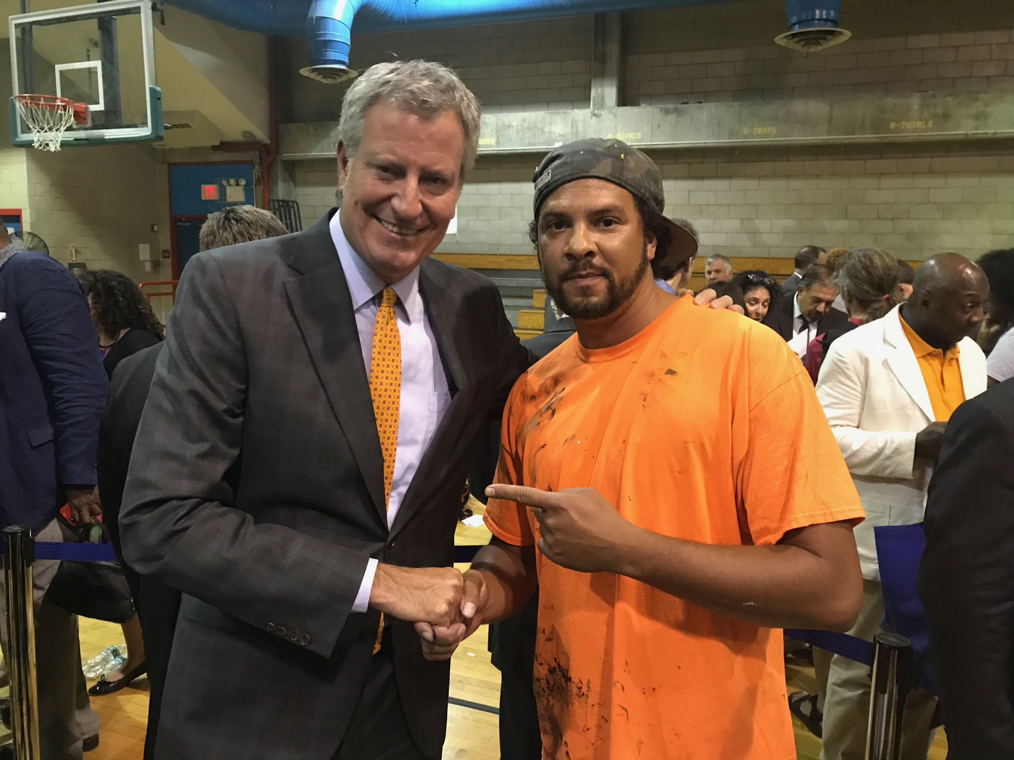 NYC Mayor De Blasio and Kyle Holbrook, In 2017 Kyle Holbrook is partnering with the Police Athletic League(PAL), NYPD and several communities to create one hundred murals that will permantantly be displayed in community centers, prefects, and after school programs throughout New York city.