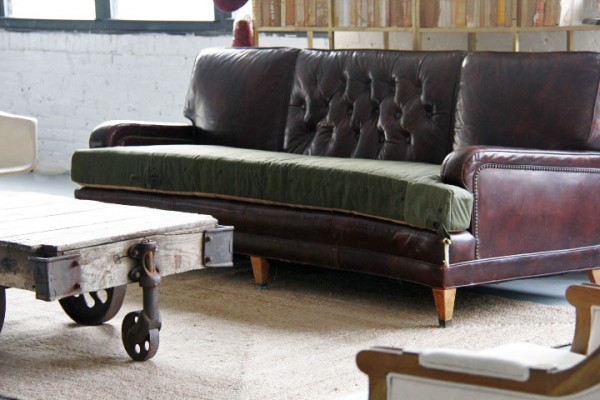 Patina vintage couch