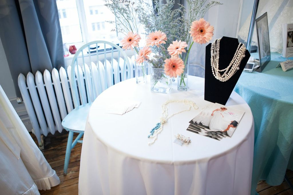 Beautiful accessories and jewelry...