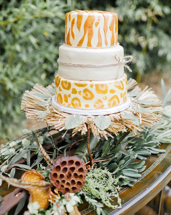 safari wedding cake with zebra and cheetah motif