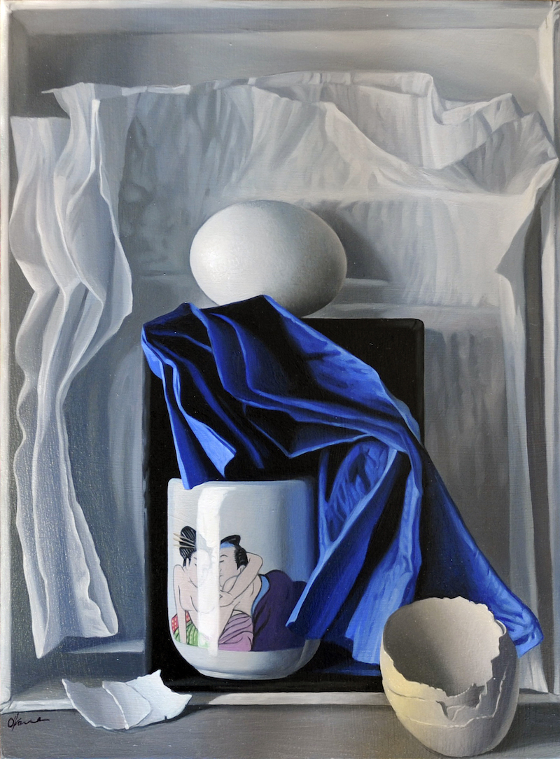 Blue and White Arrangement with Lovers
