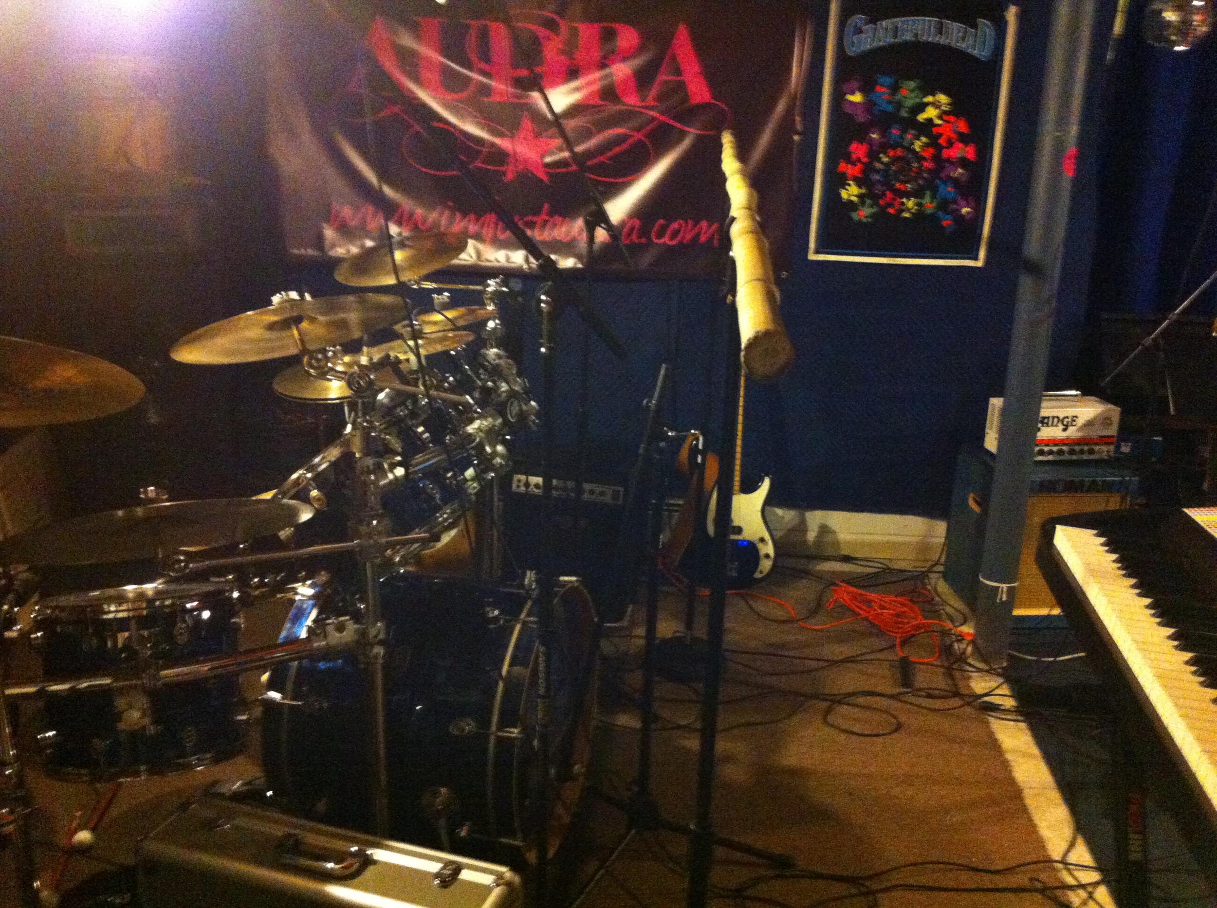 More of Pete's drum mics.