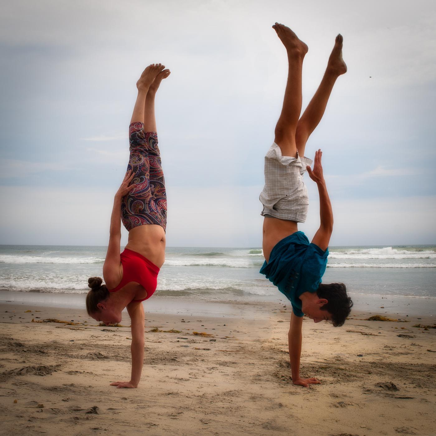 meandmyboy-handstand-2.jpg